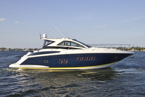 NEW DT&F Central Listing: 2008 Regal 52' Sport Coupe
